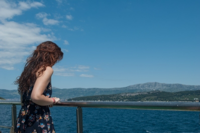 It was strange, though, that on the way out from Split there was not a single gust of wind to be felt on the stern.